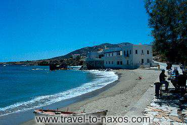 MOUTSOUNA BEACH - Moutsouna seaside village is found to the east side of Naxos.